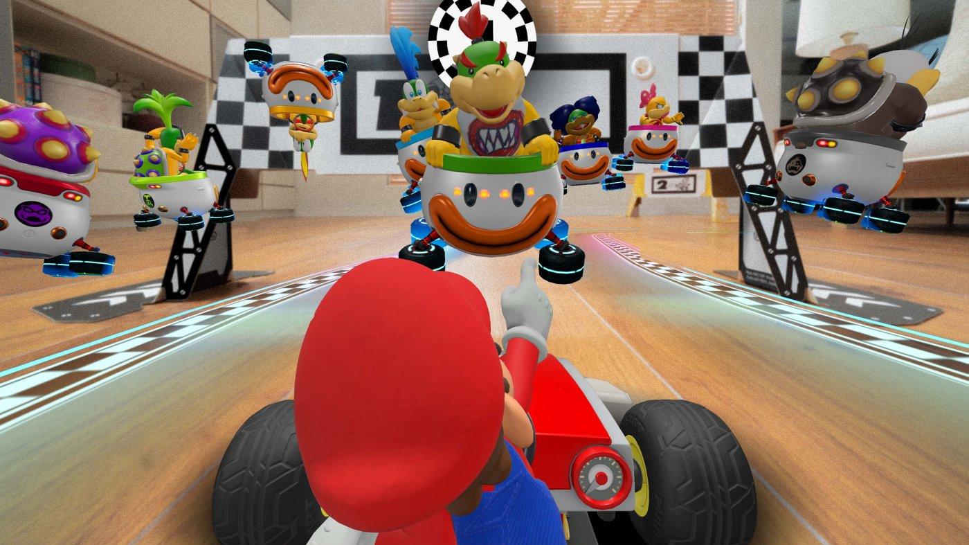 Mario Kart Live Home Circuit | Mario - Luigi