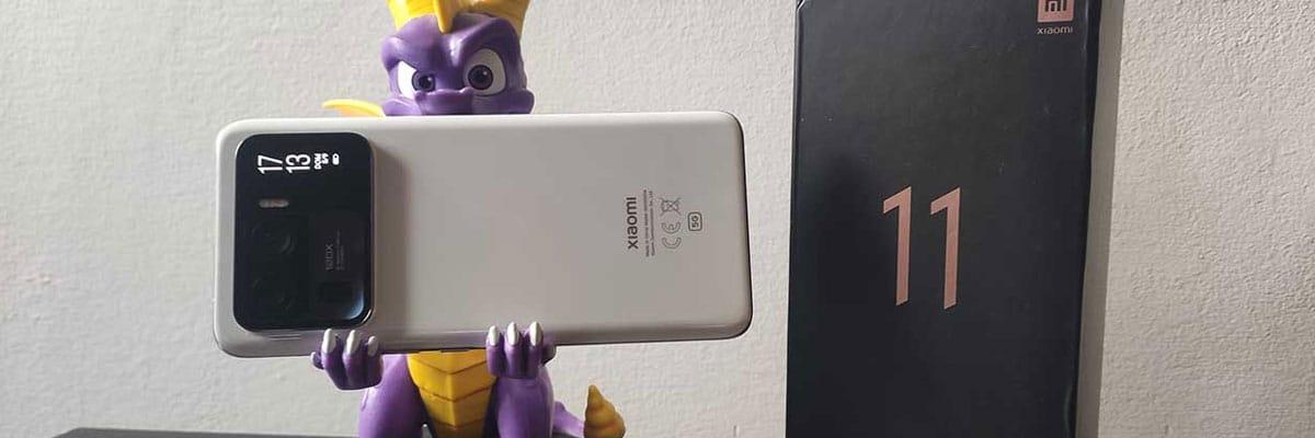 Xiaomi Mi 11 Ultra uno smartphone esagerato